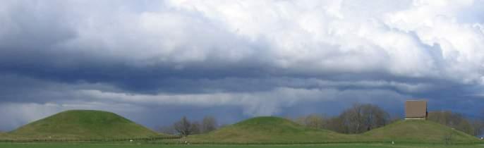 Royal_mounds