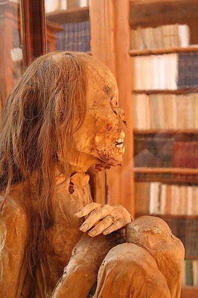 Peruvian_mummy