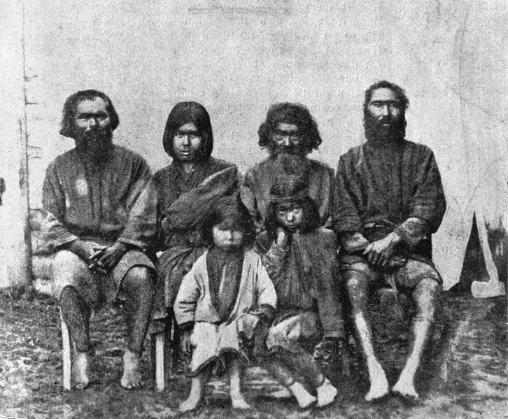 726px-V.M._Doroshevich-Sakhalin._Part_II._Group_of_Ainu_People (1)
