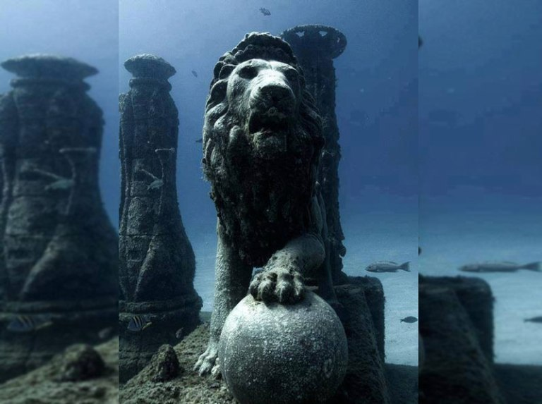 Cleopatras-underwater-palace-Egypt-..jpg