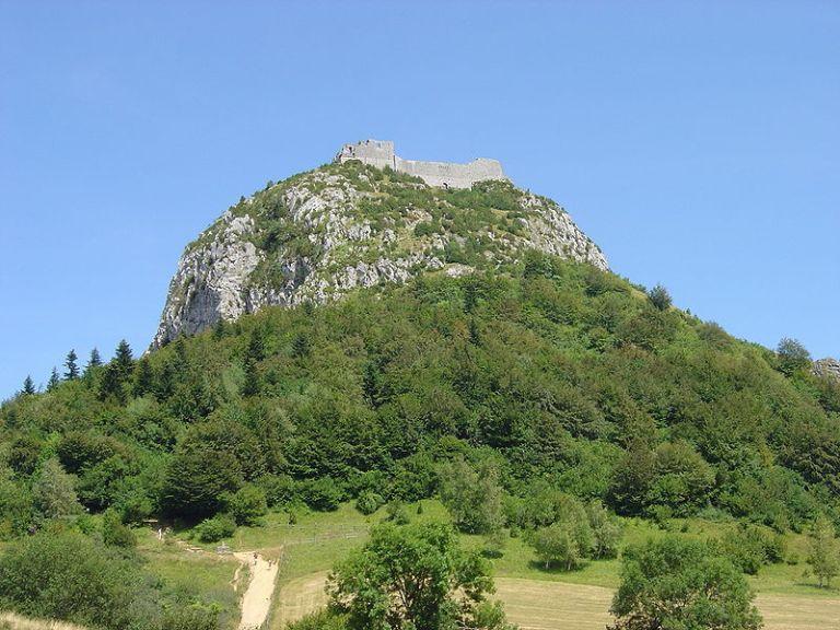 800px-Montsegur_montagne.jpg