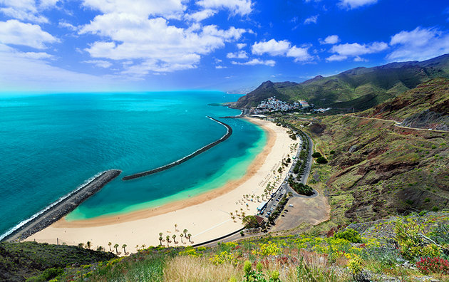 spain-canary-islands-santa-cruz-3.jpg