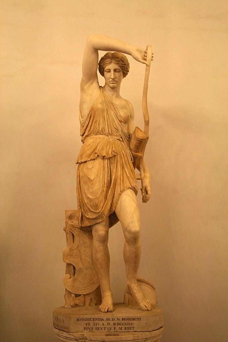 800px-0_Amazzone_ferita_-_Musei_Capitolini_(1).JPG